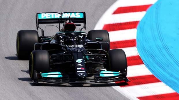 Хэмилтон завоевал 100-й поул в Формуле-1, победив в квалификации Гран-при Испании