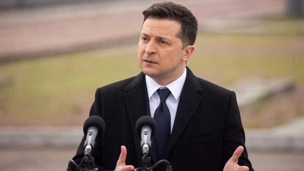 Зеленский утвердил на Украине центр противодействия дезинформации