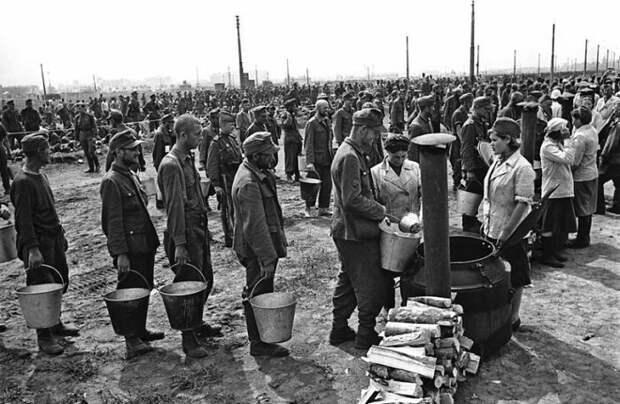 Часть репараций возместили трудом военнопленных и забранных на принудительные работы в СССР. |Фото: joker.ykt.ru.