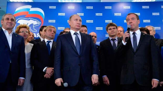 Совершив финансовые подаяния некоторым категориям граждан, Путин не перешел на сторону народа