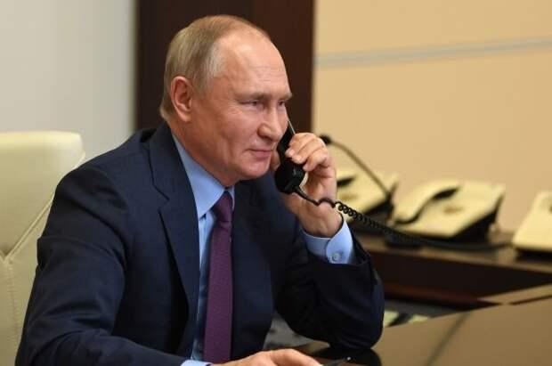В Кремле рассказали о телефонном разговоре Путина и Алиева