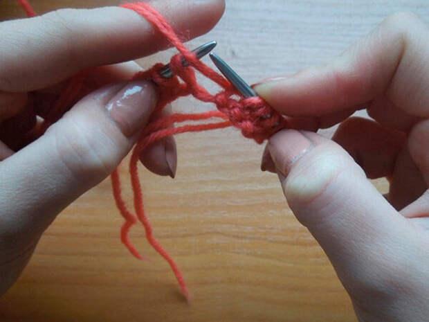 Шапка узором Рис спицами – 10 моделей вязания со схемами и описанием, видео