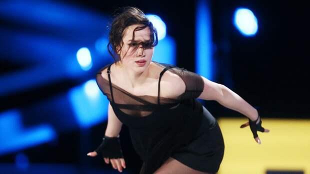 Загитова порадовала поклонников зажигательным танцем с самоизоляции в Японии