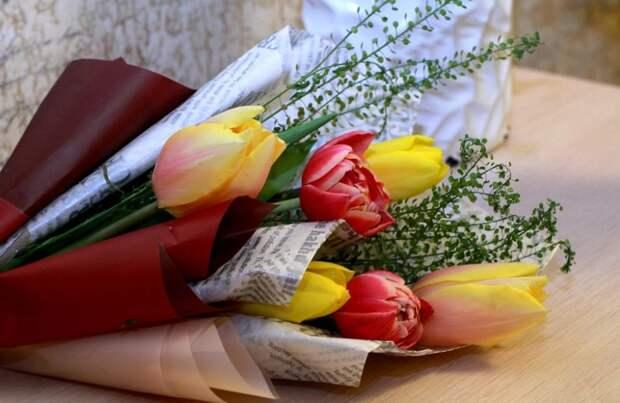Массовые мероприятия на 8 марта запретили в Симферополе