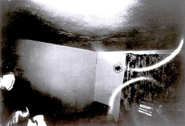 Жуткая история Дорис Битер, которую регулярно насиловали призраки