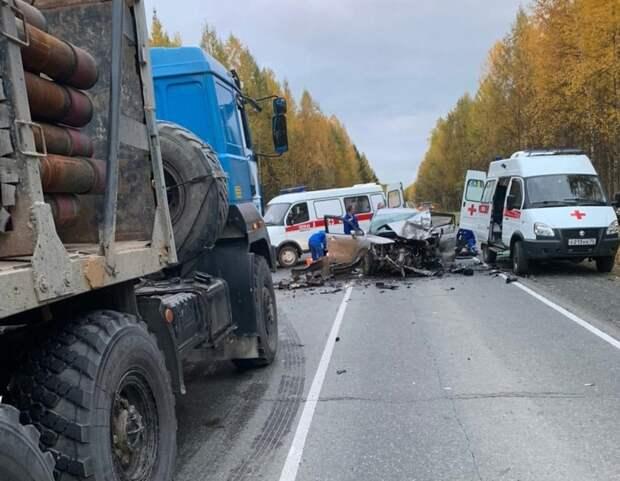 Один погиб, шестеро в больнице: на севере Томской области произошло смертельное ДТП