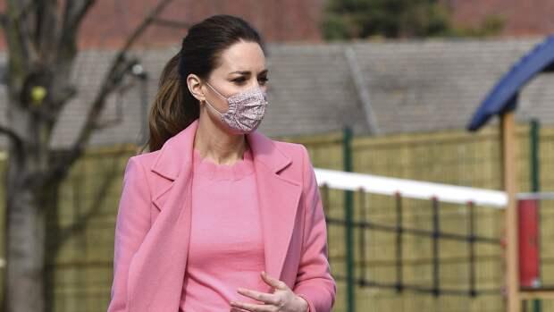 Кейт Миддлтон отправилась на шоппинг после похорон принца Филиппа