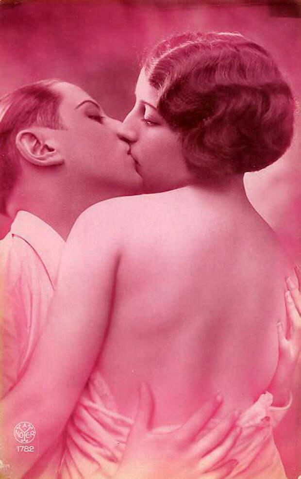 Французские открытки, в которых показано, как романтично целовались в 1920-е годы 2