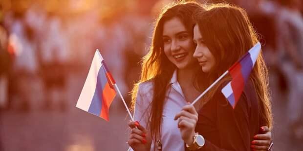 В Москве пройдет большой праздничный концерт в честь семилетия воссоединения Крыма с РФ. Фото: М. Денисов mos.ru