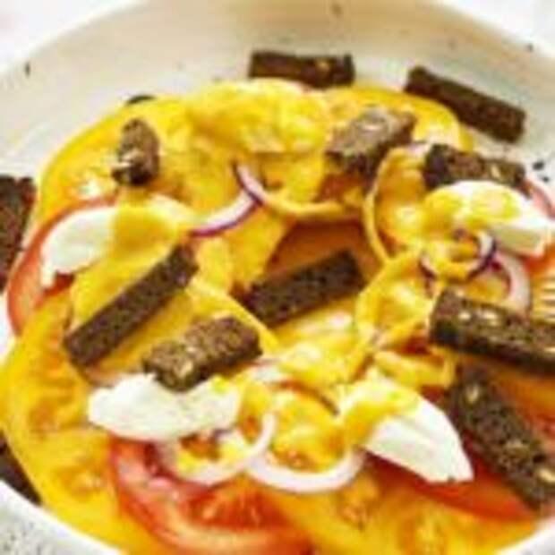 «Панцанелла» – знаменитый деревенский итальянский салат с помидорами