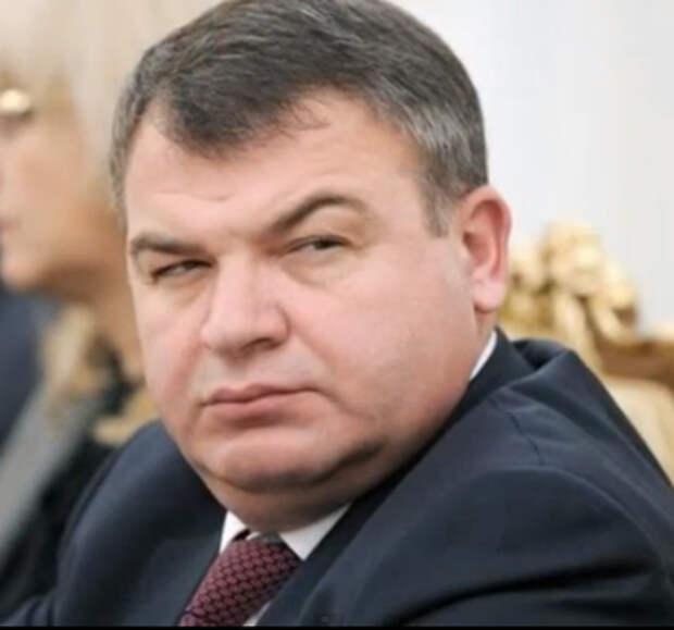 Сердюков возглавил еще и совет директоров «Роствертола»