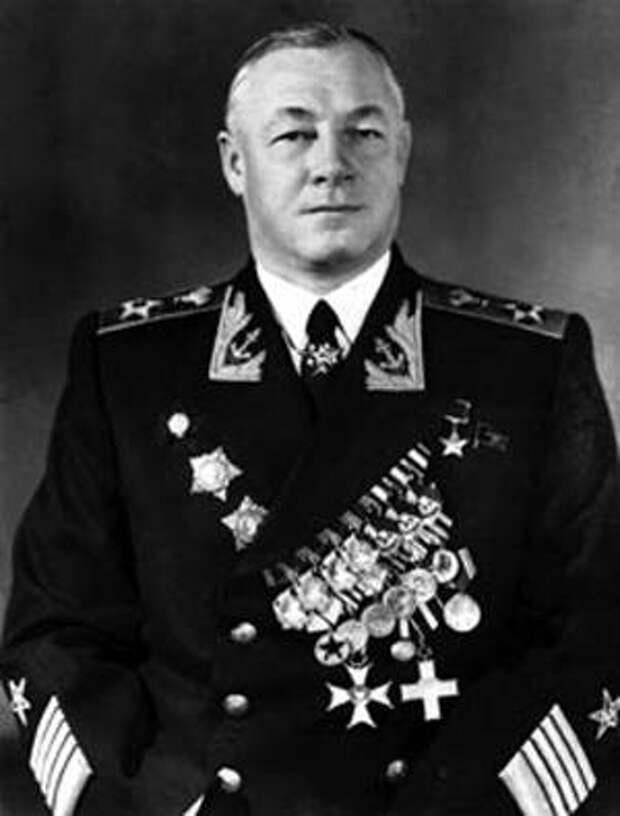 Нелегкий выбор адмирала Головко, или «Страна чудес» под другим ракурсом