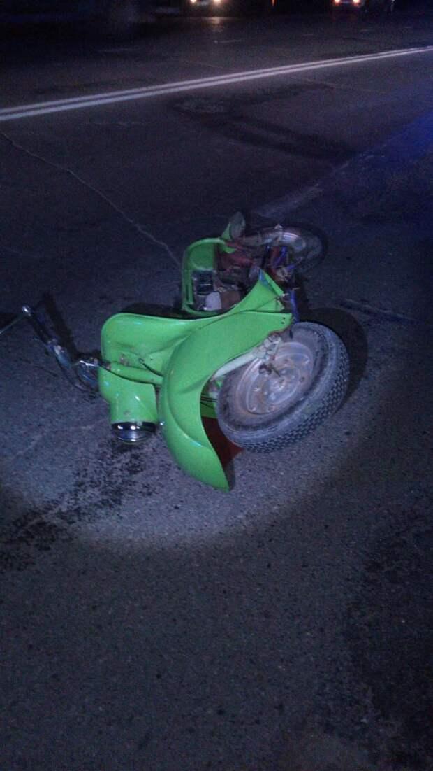 Пожилой водитель мотороллера в Удмуртии погиб при столкновении с иномаркой