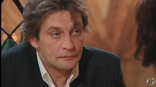 Александр Домогаров потерял желание выходить на сцену из-за нападок на Ефремова