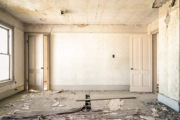 Заброшенные здания делового центра «Большевик» реконструируют