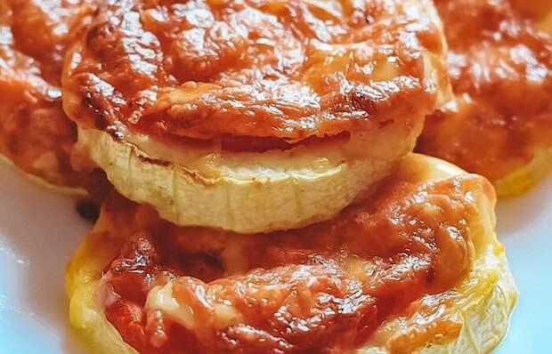 Обалденные кабачки с сыром, помидорами и чесноком