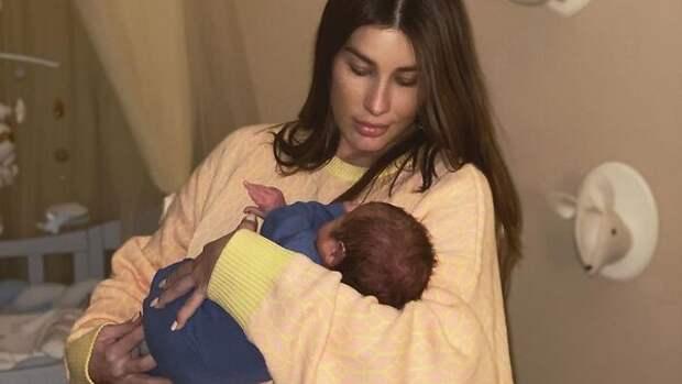 Кети Топурия показала невероятно милое видео с дочкой и новорожденным сыном