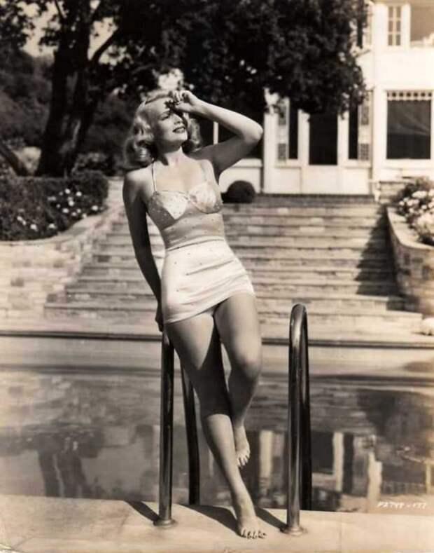 Королева нуара: великолепная «плохая девчонка» Клео Мур