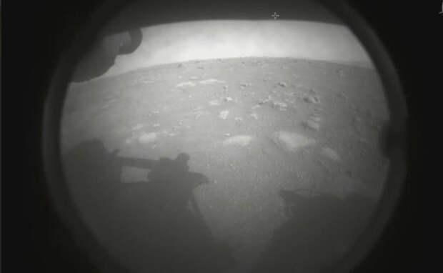 Американский ровер Perseverance совершил посадку на Марсе