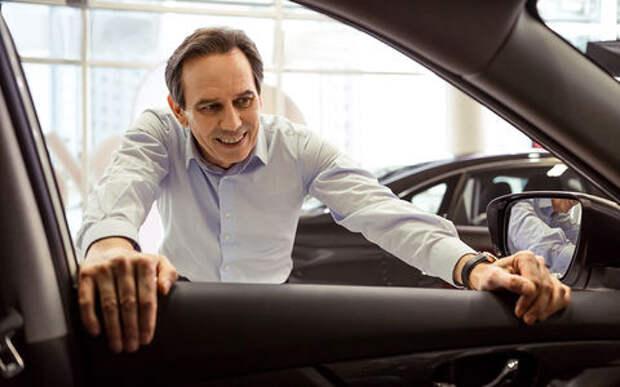Продажами Lada займется бывший продавец Peugeot
