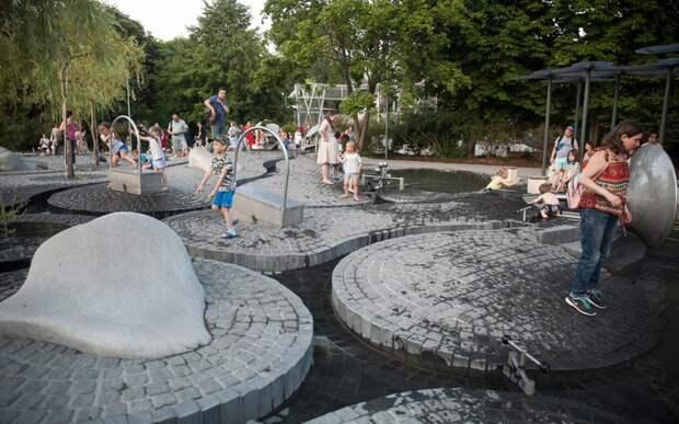 Самые необычные детские площадки в мире