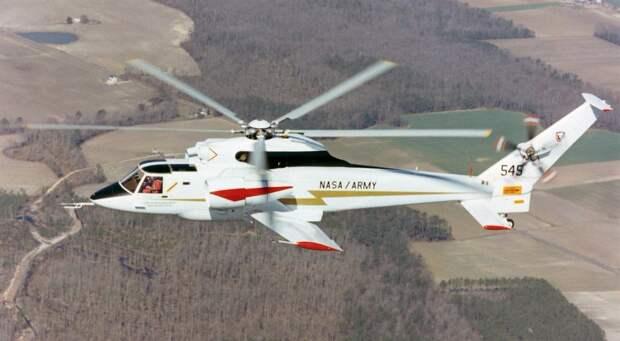 На изображении может находиться: самолет и на улице, текст «NASA ARMY 549»