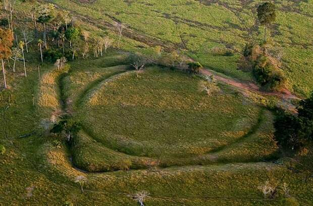 Ученые обнаружили древнюю загадку в джунглях Амазонки