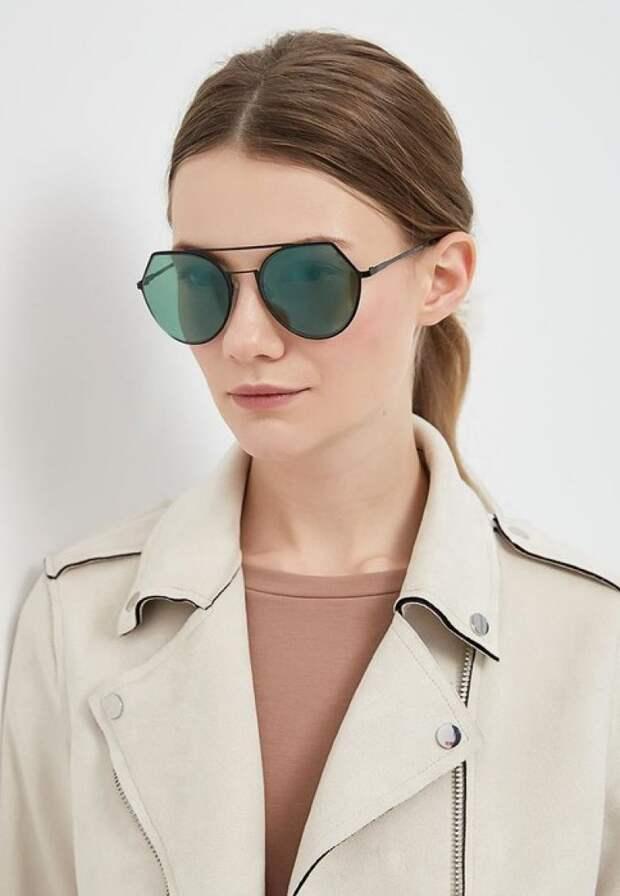 Солнцезащитные очки, Pieces, 1299 руб.