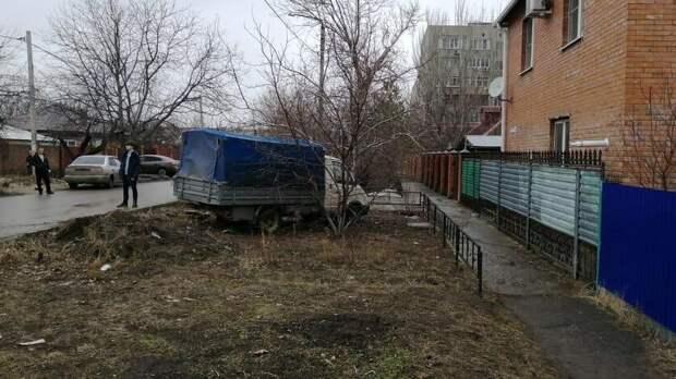 Мертвый мужчина устроил ДТП вРостовской области