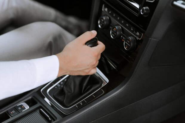Самые распространенные вредные привычки водителей