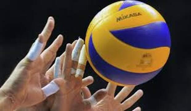 Россия сыграет с Украиной в 1/8 финала чемпионата Европы по волейболу
