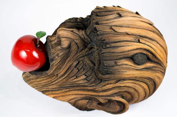 Скульптор делает завораживающие «деревянные» скульптуры из керамики!