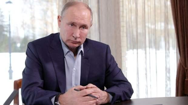 Путин впервые стал президентом России ровно 21 год назад