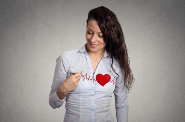Сердца женщин бьются чаще, поскольку они меньшего размера / Фото: empowher.com