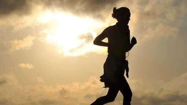 Фитнес-тренер из США рассказал, как избавиться от жира и сохранить мышцы