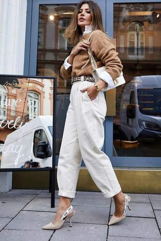 С чем носить брюки слоучи: большая подборка вдохновляющих образов