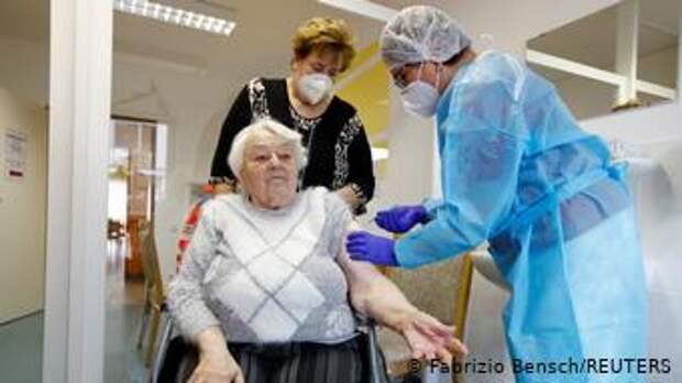 Вакцинация в доме престарелых в Бранденбурге, декабрь 2020