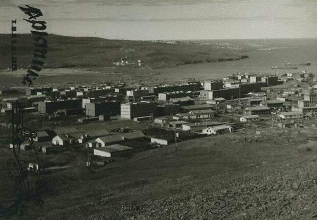 Посёлок Тикси — крупнейший порт Моря Лаптевых Севморпуть, Тикси, посёлок, провинция, русский север, север, эстетика