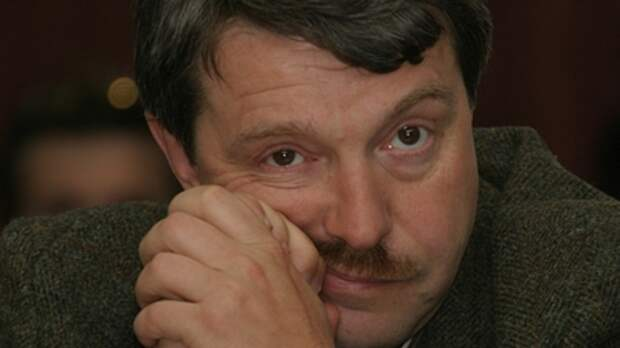 """""""Ещё одно слово - и ты получишь в рожу!"""": Политолог набросился на Амнуэля в прямом эфире у Соловьёва"""