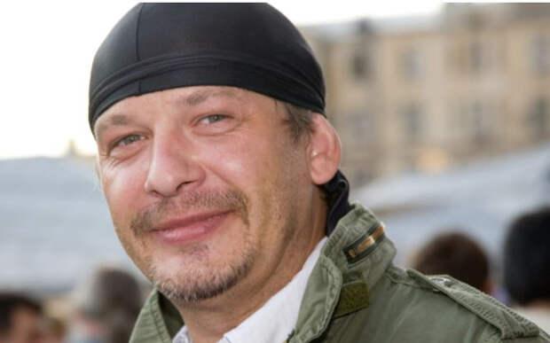 Стало известно, почему близкие актера Марьянова три года не могут поделить наследство