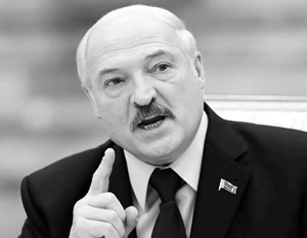 Запад нас использовал: Лукашенко признал ошибки многовекторности