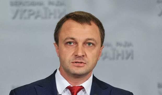 Украинский омбудсмен: в Москве нужно показывать украинские фильмы с субтитрами на русском языке