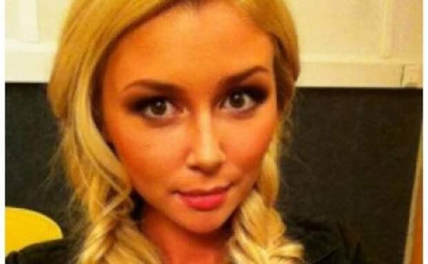 Дочь Анастасии Заворотнюк стала блогером и может зарабатывать солидную сумму за месяц