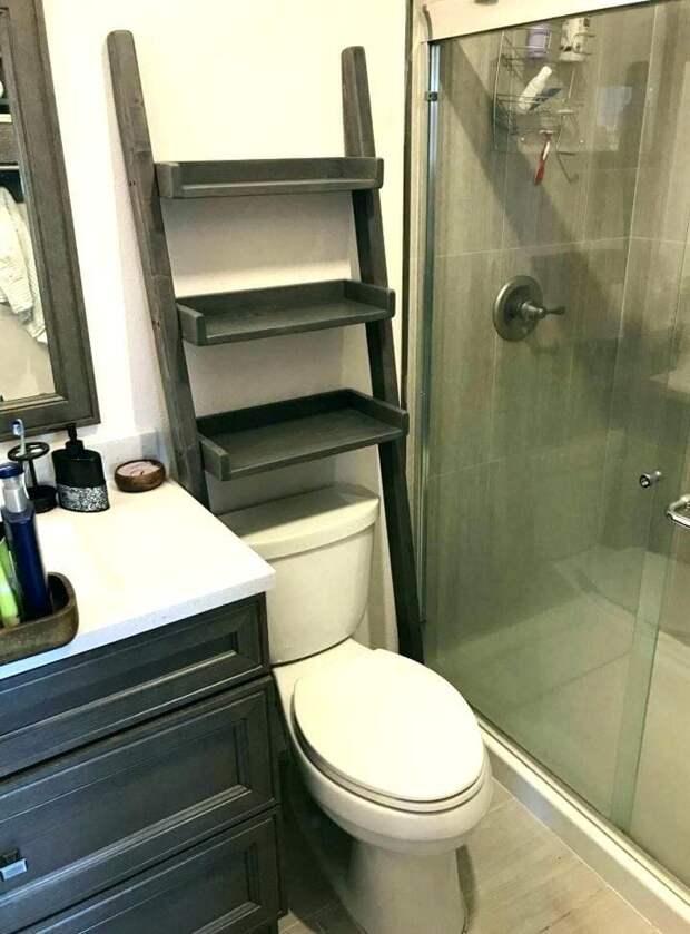 Мало свободного места в ванной? Подвесная полка поможет решить проблему