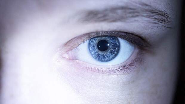 Врач назвала простые способы избежать проблем со зрением