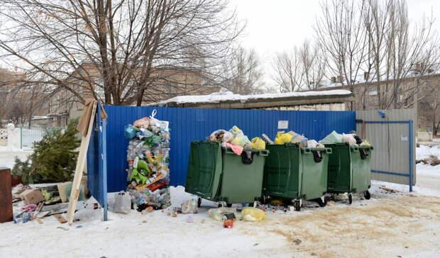 Оренбуржцу на карантине выписали крупный штраф завынос мусора издома