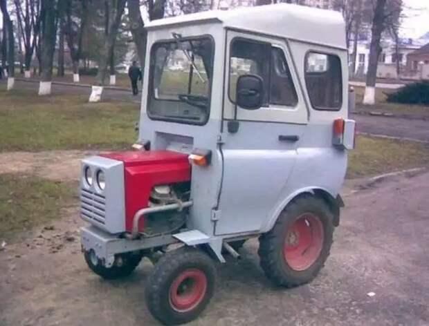 """Четверть """"УАЗика"""": оригинальная кабина для минитрактора"""