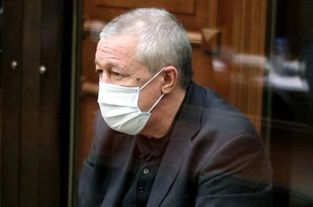 Михаил Ефремов в Московском городском суде во время рассмотрения апелляционной жалобы.