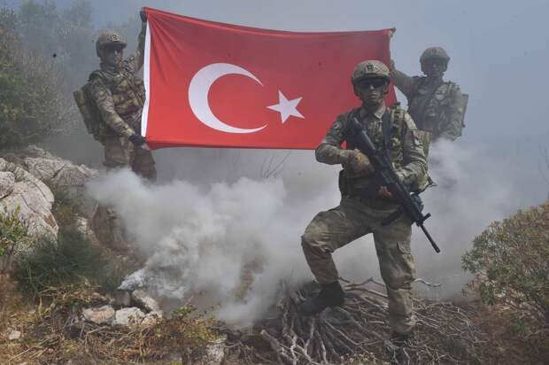Чешский аналитик Лукаш Визингр оценил вероятность участия России в войне между Турцией и Грецией