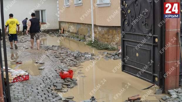 Глава Крыма освободил пострадавших из-за потопа от уплаты аренды